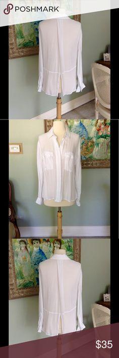 Beautiful Bella Dahl Split Back Summer white, 100% rayon, size med. Split back. Bella Dahl Tops Button Down Shirts