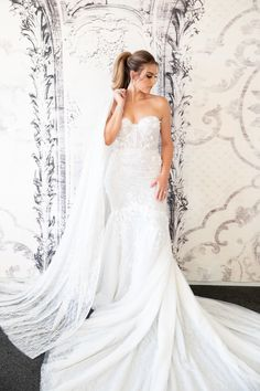 Berta Reception Dress and Cape Luxe Wedding, Wedding Gowns, Individual Wedding Cakes, Oriental Wedding, Ceremony Dresses, Las Vegas Weddings, Cape Dress, Bridal Style, Wedding Styles