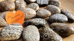 Deko-Objekte - Dekorative Steine - ein Designerstück von PetiteMaman-Atelier bei DaWanda
