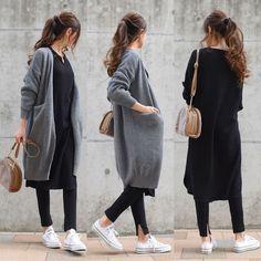 """MUMU on Instagram: """". . 上下GUの新作でコーデ。 ワンピースはワッフルキーネックワンピース。 ブラックのMサイズを購入でゆったり着られます。 レギンスはスリットレギンスパンツ。 サイズはSでピッタリです^^ . アウター:#TheSecretBean ワンピース、レギンス:#GU…"""" Teen Fashion Outfits, Look Fashion, Hijab Fashion, Trendy Outfits, Womens Fashion, Everyday Outfits, Everyday Fashion, Classy Closets, Japanese Fashion"""