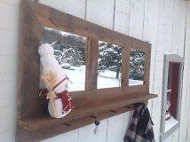 Miroir d'entree porte manteau/cle fait de bois de grange Laval / North Shore Greater Montréal image 1
