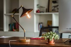 Gramophone Lamp - Black -  Handmade Pipe Lamp with Wooden Base - Desk Lamp with Vintage Style Edison Bulb - Brass Fittings
