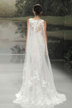 St.Patrick Barcelona Bridal Fashion Week 2017 - Polka Dot Bride