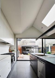 See inside a modern Scandi style conversion in Melbourne. Contemporary Kitchen Design, Modern Design, Edwardian Architecture, Bright Walls, Melbourne House, World Of Interiors, Scandi Style, Scandinavian Home, Semi Detached