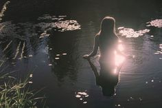 water nymph p i n t e r e s t : abbbygiiirl Fantasy Magic, High Fantasy, Norwegian Wood, Water Nymphs, Mystique, Breath Of The Wild, Photos, Pictures, Faeries