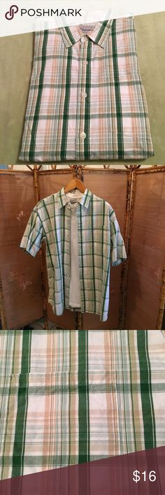 Short sleeve collared plaid shirt set GUC U.S. Expedition shirt set. Short sleeve collared green, white, and tan plaid 100% cotton shirt from early 2000's. Pocket on left side. Front closure of seven white buttons plus spares inside. Matching white 100% cotton short sleeve tee shirt included. All items come from a smoke free home. Measurements available upon request. All questions are welcome. U.S. Expedition Shirts Casual Button Down Shirts