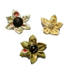 Hey, I found this really awesome Etsy listing at https://www.etsy.com/listing/479557245/kanzashi-fridge-flower-magnets-new-house