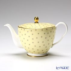 Wedgwood Hare Queen collection teapot 370cc (polka dot tea story / yellow)