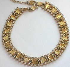 f4ce51ac999dea Givenchy Vanguard Faux Pearl & Chain Necklace in Gold (gold/ crystal ...