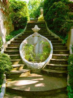 Staircase / Dumbarton Oaks Garden, Washington DC