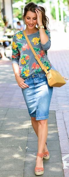 Skirt denim outfit casual shirts 35 ideas for 2019 Modest Clothing, Modest Outfits, Modest Fashion, Cute Outfits, Wedges Outfit, Fashion Mode, Look Fashion, Womens Fashion, Fashion Black
