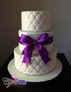 Quilt Pattern Wedding Cake : 1000+ images about Cakes on Pinterest Quilt patterns, Wedding cakes and Quilted wedding cakes