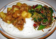 An easy, delicious, leaner version of Asian-inspired classic that simmers in a slow cooker all day while you are at work or away on a busy weekend day. 8 Weight Watchers PointsPlus for the pork. ... Healthy Slow Cooker, Slow Cooker Pork, Dinner Dishes, Dinner Recipes, Pork Recipes, Healthy Recipes, Cooker Recipes, Healthy Foods, Crockpot Recipes