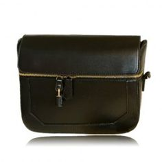 Get In Style With These Fashion Tips >>> Check this useful article by going to the link at the image. Ladies Fashion, Womens Fashion, Fashion Tips, Crossbody Bag, Black Crossbody, Love To Shop, Sweet Style, Vintage Fashion, Vintage Style