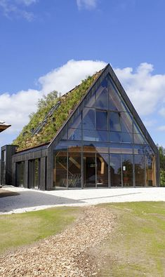 Architecture Durable, Green Architecture, Sustainable Architecture, Architecture Details, Building Design, Building A House, Living Roofs, Exterior Design, Future House