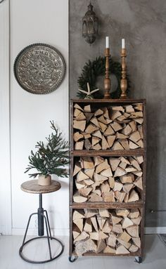 Firewood Storage, Diy Garden Decor, Cozy House, Home Projects, Home And Living, Ladder Decor, Home Accessories, Sweet Home, Room Decor