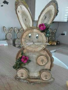 Iepurilor - Gartengestaltung Ideen Iepurilor creative Things to consider for a beau Wood Log Crafts, Wood Slice Crafts, Spring Crafts, Holiday Crafts, Diy And Crafts, Crafts For Kids, Wood Animal, Wood Creations, Christmas Wood