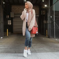 21 Ideas Style Hijab Casual Jeans Chic Source by aliyahuet Outfits hijab