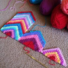 Jumping ahead to the next strip for the sake of pattern writing :) Magic Strip No-Sew Chevron Afghan - woven stitch pattern pack coming Apri...