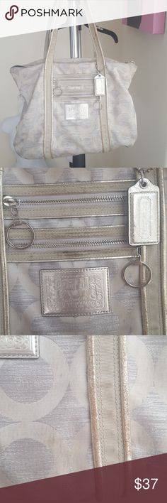 Coach poppy large silver bag purse A bit dirty but can probably be cleaned Coach Bags Shoulder Bags