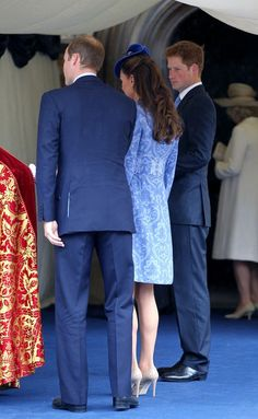 Kate Middleton - Will and Kate attend church