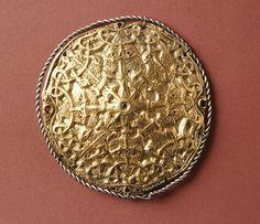 Gullspenne vikingtid - Gold brooch viking age.