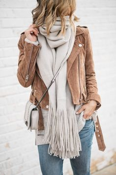 Brown Suede jacket outfits fall winter. Casual chic classy scarves ootd ideas. Edgy autumn look wardrobe. #fall #winter #fashion #womensfashion #outfits #ootd