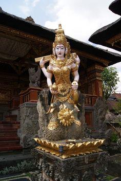 Pura Taman Saraswati Temple - Ubud