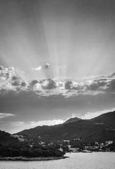 Dubrovnik Beams BW - 13 Heinä/July 2014 http://fineartamerica.com/featured/dubrovnik-beams-bw-matti-ollikainen.html http://www.redbubble.com/people/mattiollikainen/works/12277590-dubrovnik-beams-bw https://www.flickr.com/photos/mazahito/14458448479 http://500px.com/photo/76485355/dubrovnik-beams-bw-by-matti-ollikainen http://society6.com/mazahito/dubrovnik-beams-bw_print#1=45