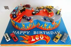 Nothing completes a Hot Wheels themed birthday party like a Hot Wheels cake. If your little racer is into Hot Wheels, then a Hot Wheels b. Hot Wheels Party, Bolo Hot Wheels, Hot Wheels Cake, Festa Hot Wheels, Hot Wheels Birthday, Car Birthday, Happy Birthday Leo, Happy Birthday Cake Pictures, Cupcakes