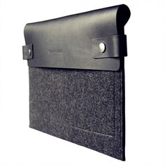 iPad Felt and Leather Sleeve | Charbonize | HORNE