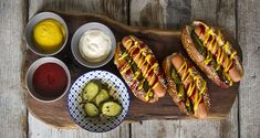Hot Dogs with homemade buns by Greek chef Akis Petretzikis. Make your own delicious soft, puffy homemade hot dog buns and just add juicy hot dogs and toppings! Hot Dog Buns, Hot Dogs, Homemade Buns, Baking Buns, Bread Cake, Junk Food, Fish Dishes, Greek Recipes, Finger Foods