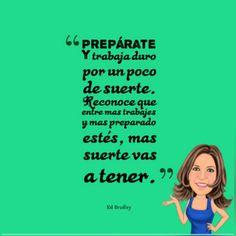 #PhotoGrid #buenosdias  #pensamientodeldia La mayoria de las personas piensan que #tenerexito es cosa de suerte. Talvez sea verdad, pero lo que no reconocen es que para tener un poco de suerte hay que trabajar. #preparate y  #trabajaduro #trabajaduroensilencio #ClaudiaRivas