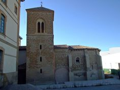 Santa María In Foris (Huesca), siglo XIII, aledaña al lado oeste de la Antigua Residencia provincial de niños, sede de nuestra Facultad.