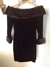 Vintage TADASHI Size 10 UK Measured Black Bodice Velvet Faux FUR USA **read**