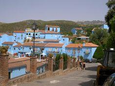 smurf village: Juzcar Pueblo Pitufo Malaga