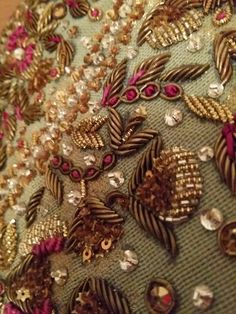 SuperSummer's Distractions: Farah Talib Aziz - My Review Embroidery On Clothes, Hand Work Embroidery, Embroidery Fashion, Hand Embroidery Designs, Embroidery Patterns, Zardozi Embroidery, Beaded Embroidery, Bead Embroidery Tutorial, Wedding Embroidery