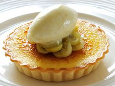 Nathan Outlaw pairs this delicious tart with a gooseberry and ginger sorbet, making this dessert a perfect summer treat. Sweet Pie, Sweet Tarts, Gooseberry Tart Recipes, Strawberries And Cream Recipe, Raspberries, Cherries, Blueberries, Baking Recipes, Dessert Recipes