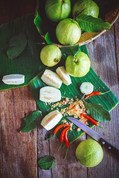 Guavas by Thai Thu on Fruit Photography, Food Photography Styling, Food Styling, Guava Fruit, Vietnamese Recipes, Vietnamese Food, Exotic Fruit, Food Design, Fruits And Veggies