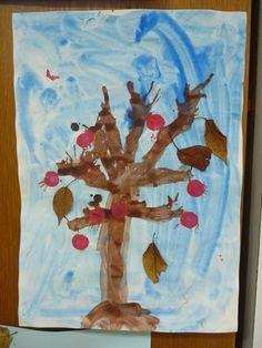 Märlimuus: Herbstbaum - blasen - stempeln - kleben                                                                                                                                                                                 Mehr