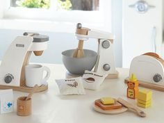 Holiday Gifts for Kids: Wooden Appliances