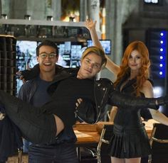"Jace be like - ""I'm the Queen Bee finally in arms of my man."""