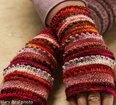 Ravelry: Spikey Wristers pattern by Mary Beal