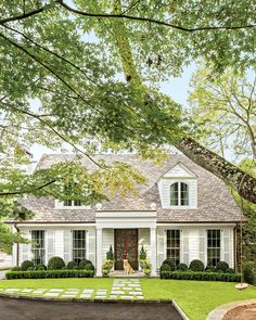 New house front landscaping curb appeal shutters ideas Colonial Cottage, Cottage Homes, Dutch Colonial, Style At Home, Exterior Paint, Exterior Design, House Landscape, Landscape Designs, Front Yard Landscaping