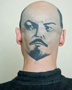 A collection of funny images from around the world show men in different stages of hair loss who have tattooed anything from faces, zips, animals and jokes on to their skulls. Weird Tattoos, Funny Tattoos, Funny Images, Funny Photos, Russia Pictures, Bad Image, Picture Fails, Weird News, Seriously Funny