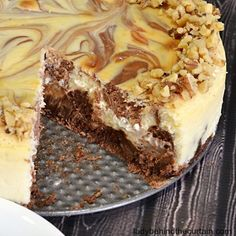 An amazing cheesecake with a twist! Starting with a brownie crust, layers of brownie squares baked in the the cheesecake and dollops of dark chocolate swirls! This wonderful cheesecake is worth every sinful calorie. Cake Mix Cookie Recipes, Cake Mix Cookies, Cupcakes, Oatmeal Raisin Cookies, Baked Oatmeal, Bread Pudding With Apples, Asparagus Bacon, Homemade Oatmeal, Apple Bread