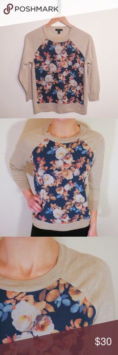 NEW LISTING J Crew Floral Sweater This is a beautiful, light sweater. Made of high quality material, it is perfect for work or casual wear. Gently used, but in fantastic condition! Freshly laundered and steamed. J. Crew Sweaters Crew & Scoop Necks