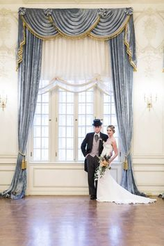 Art Deco Bride and Groom | Michelle Marie Photography on @myhotelwedding via @aislesociety