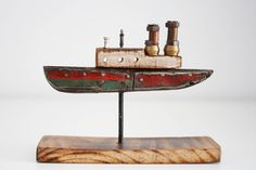 Wooden Ship, Wooden Art, Wooden Crafts, Painted Driftwood, Driftwood Crafts, Diy Craft Projects, Wood Projects, Porch Bar, Wood Block Crafts