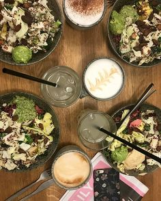 Traditionen tro genoplader Team ELLE modebatterierne med frokost på @42raw  Yum! #lunchtime #modeuge #cphfw #42raw #teamELLE  via ELLE DENMARK MAGAZINE OFFICIAL INSTAGRAM - Fashion Campaigns  Haute Couture  Advertising  Editorial Photography  Magazine Cover Designs  Supermodels  Runway Models
